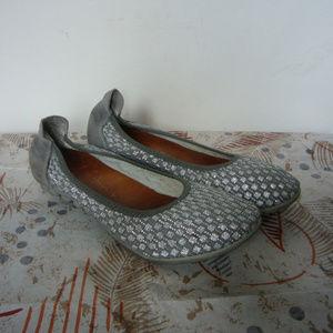 Bernie Mev Silver Woven Textile Ballerina Flat 6.5